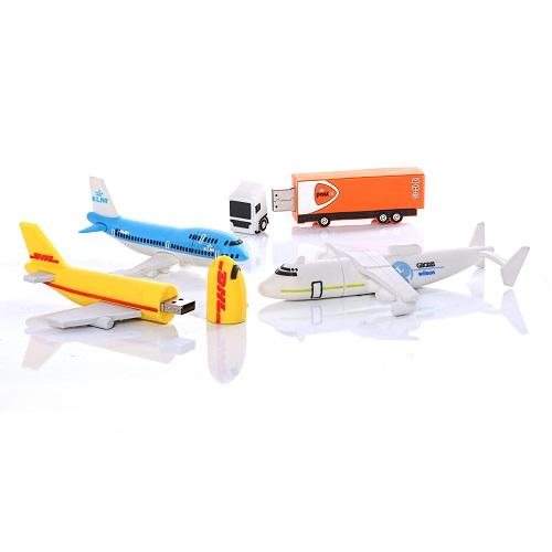 USB-stick vliegtuig als relatiegeschenk