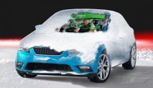 Bedruke auto raam cover met sneeuw
