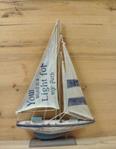 Sail boat als relatiegeschenk