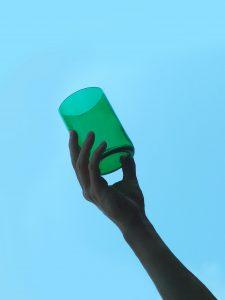 Relatiegeschenk met een mooi duurzaam verhaal glas recycled