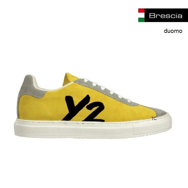 Logo sneakers als relatiegeschenk